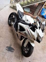Srad 750 branco pérola 2011