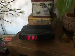 Rádio Relógio antigo CCE funcionando