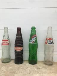 Garrafas de refrigerante anos 90