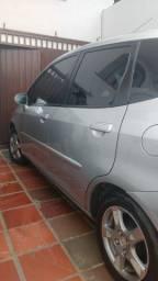 Honda Fit Automatico 2008 de 23.000 por 17.000 pra vender já,  com batida leve na frente