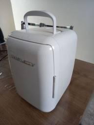 Mini frigobar para carro e casa