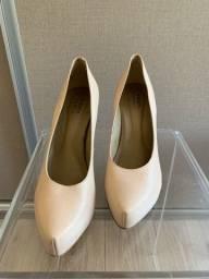 Sapato de salto em couro nude - 38