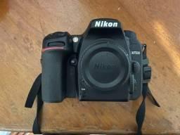 Câmera Dslr Nikon D7500