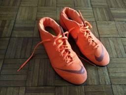 Chuteira de futsal Nike Mercurial legitima zero
