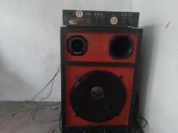 Polificado e caixa de som