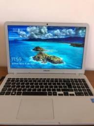 Vendo Notebook Samsung 4GB Ram 500GB HDD Intel