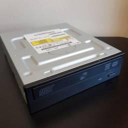 Gravador de DVD e CD marca HP preto modelo TS-H653