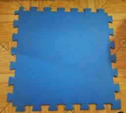 Tatame 1m X 1m - R$ 80,00 kit com 4 peças - Usado.