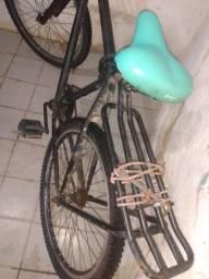Bicicleta toda boa vem logo antes que seja vendido