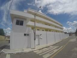 Apartamento com 2 dormitórios para alugar, 53 m² por R$ 650/mês - Pajuçara - Maracanaú/CE.