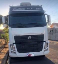 Vende se Caminhão Volvo Fh440