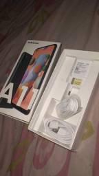 Samsung Galaxy A11 na caixa
