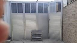 Portão de alumínio em ótimo estado 850 reais