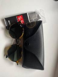 Óculos Ray-Ban em perfeito estado