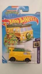 Carrinhos Hot Wheels coleção