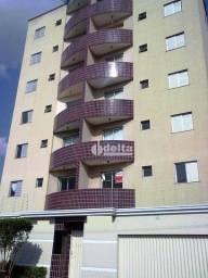 Apartamento com 2 dormitórios para alugar, 80 m² por R$ 1.100,00/mês - Saraiva - Uberlândi