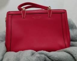 Bolsa vermelha. Nunca usada!