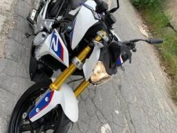 BMW G 310R - Parcelamos