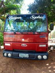 Ford 815 ano 2003