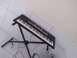 Vendo teclado pra tocar em igreja top top psr 243 yamarra