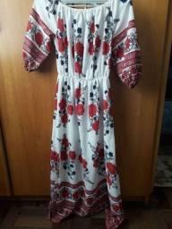 Lote de vestidos.  80 reais