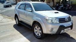 Hilux SW4 ano 2011-diesel 3.0 - 2011