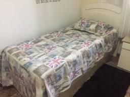 Cama de solteiro + cama auxiliar