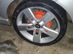 Aro 17 strong com pneus novos cel991469996