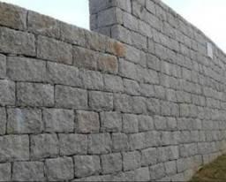 Pedras para muro e calçamento