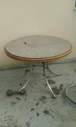 Vendo mesa ferro e madeira