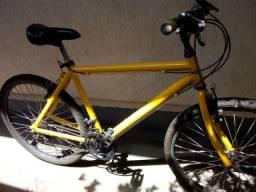 Bicicleta Caloi Aluminum (Das Antigas)