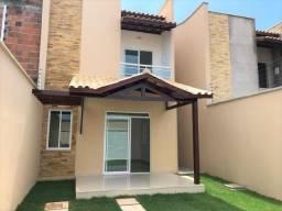 Vendo casa no Eusébio com 110 m² e 3 quartos, próximo ao centro da cidade. 275.000,00