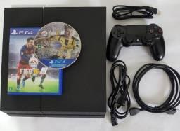 Playstation 4 Usado - Higienizado e bem cuidado com todos os cabos originais PS4