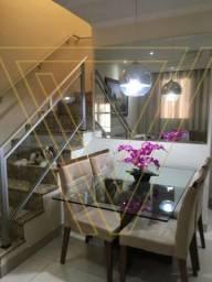 Casa a Venda no Condomínio Vila Rubi