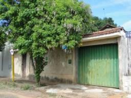 Casa à venda com 3 dormitórios em Centro, Araraquara cod:CA0125_EDER
