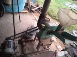 Picadeira e Desintegrador Nogueira DPM 1 COM motor
