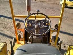 Trator CBT * amarelo