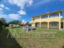 Casa em condomínio fechado com 700 m2, Av. Efigênio Sales