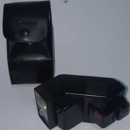 Canon speedlite 300ez versão II em perfeito estado de conservação e funcionamento