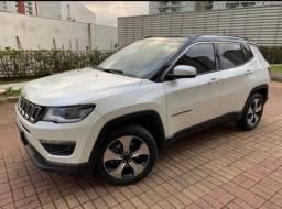 Jeep Compass com pack premium R$92.500