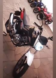 Moto Fan 160 2017