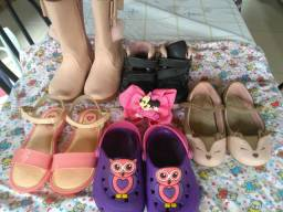 Sapatos pra crianças