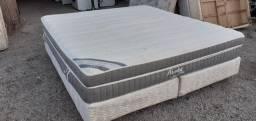 """""""Ótima cama box de casal queen size, colchão bem grosso e confortável"""