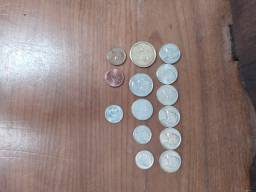 350 moedas brasileira e estrangeiras+catalogo.