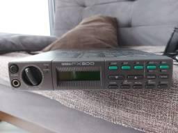 Processador de Efeitos Yamaha Fx500