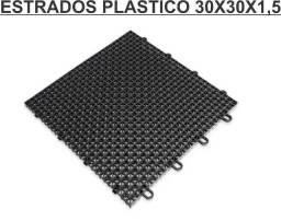 Título do anúncio: Estrados 30x30x1,5 cor preto