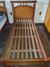 2 camas de de solteiro - Madeira de Lei
