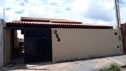 Residência a venda em Colina SP