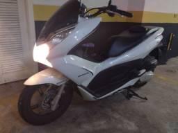 Honda PCX - 2014 branca nova
