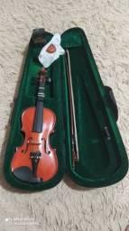 Desapegado de um Violino 1/4 com case, arco e breu semi novo